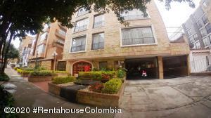 Apartamento En Arriendoen Bogota, San Patricio, Colombia, CO RAH: 20-1171