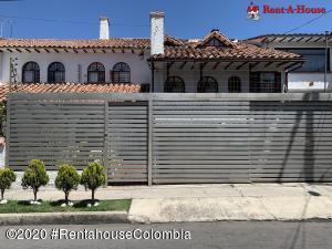 Casa En Ventaen Bogota, Alhambra, Colombia, CO RAH: 20-1180