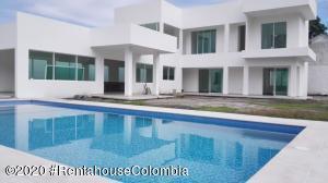 Casa En Ventaen Honda, Restrepo, Colombia, CO RAH: 20-1191