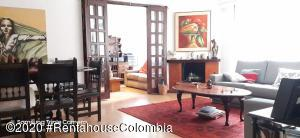 Apartamento En Ventaen Bogota, Bella Suiza, Colombia, CO RAH: 20-1195