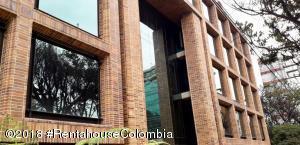 Parqueadero En Ventaen Bogota, Chico Norte, Colombia, CO RAH: 20-1200