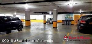 Parqueadero En Ventaen Bogota, Chico Norte, Colombia, CO RAH: 20-1199
