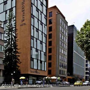 Oficina En Arriendoen Bogota, Chico Norte, Colombia, CO RAH: 20-1204