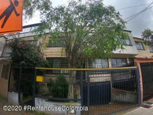 Casa En Ventaen Bogota, La Soledad, Colombia, CO RAH: 20-1215