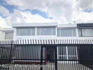 Casa En Arriendoen Bogota, Las Villas, Colombia, CO RAH: 20-1236