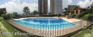 Apartamento En Ventaen Itagui, Ditaires, Colombia, CO RAH: 20-1229