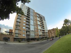 Apartamento En Arriendoen Bogota, Belmira, Colombia, CO RAH: 20-1249