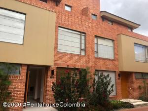 Casa En Arriendoen Bogota, Guaymaral, Colombia, CO RAH: 20-1177