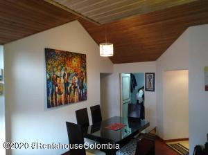 Apartamento En Ventaen Bogota, Colina Campestre, Colombia, CO RAH: 20-1224