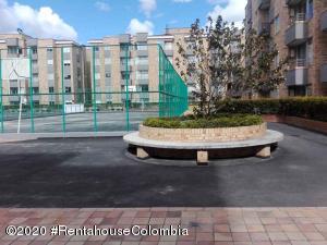 Apartamento En Ventaen Chia, Sabana Centro, Colombia, CO RAH: 20-1270