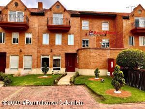 Casa En Ventaen Chia, La Balsa, Colombia, CO RAH: 20-834
