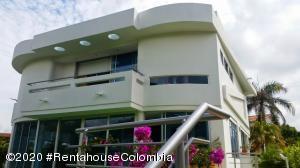 Casa En Ventaen Melgar, Florida, Colombia, CO RAH: 20-1325