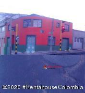 Local Comercial En Arriendoen Bogota, San Fernando, Colombia, CO RAH: 20-1331
