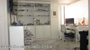 Apartamento En Ventaen Bogota, Santa Paula, Colombia, CO RAH: 20-1335