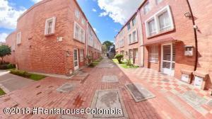 Casa En Ventaen Bogota, Sabana De Tibabuyes, Colombia, CO RAH: 20-1337