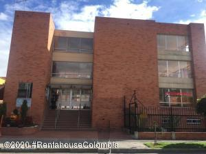 Casa En Ventaen Bogota, Pradera Norte, Colombia, CO RAH: 20-832