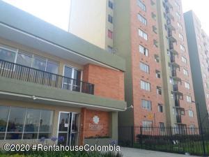 Apartamento En Ventaen Madrid, La Prosperidad, Colombia, CO RAH: 20-1378