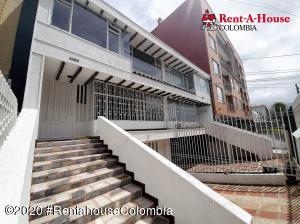 Casa En Arriendoen Bogota, Pasadena, Colombia, CO RAH: 20-1381