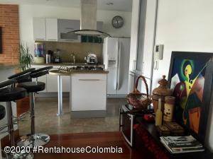 Apartamento En Ventaen Bogota, Chico Navarra, Colombia, CO RAH: 20-1394