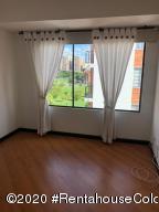 Apartamento En Arriendoen Bogota, Victoria Norte, Colombia, CO RAH: 20-1396