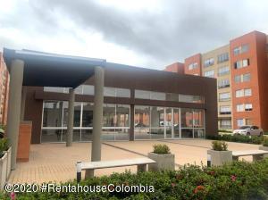 Apartamento En Ventaen Chia, 20 De Julio, Colombia, CO RAH: 20-1411