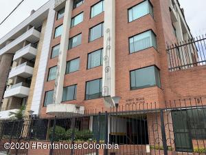 Apartamento En Ventaen Bogota, Chico Navarra, Colombia, CO RAH: 20-1449