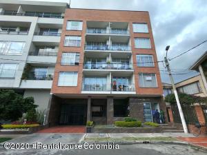 Apartamento En Arriendoen Bogota, Santa Paula, Colombia, CO RAH: 20-1454