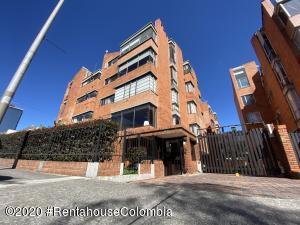 Apartamento En Ventaen Bogota, Santa Ana Usaquen, Colombia, CO RAH: 20-1451