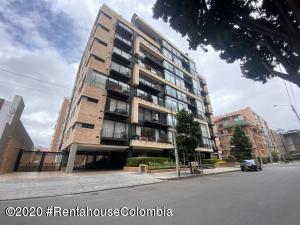 Apartamento En Arriendoen Bogota, Chico, Colombia, CO RAH: 20-1478