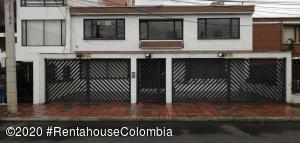 Apartamento En Arriendoen Bogota, San Patricio, Colombia, CO RAH: 21-12