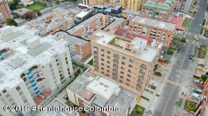 Apartamento En Ventaen Bogota, Cedritos, Colombia, CO RAH: 21-56