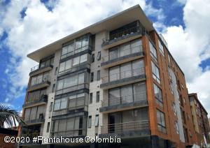 Apartamento En Ventaen Bogota, Chico Navarra, Colombia, CO RAH: 21-96