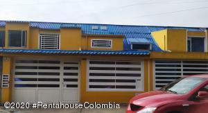 Casa En Arriendoen Bogota, Modelo Norte, Colombia, CO RAH: 21-100