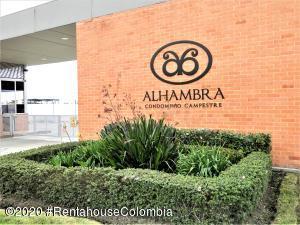 Apartamento En Ventaen Madrid, Zaragoza, Colombia, CO RAH: 21-111