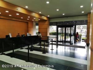 Oficina En Ventaen Bogota, Los Monjes, Colombia, CO RAH: 21-168