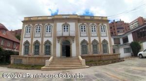 Casa En Arriendoen Bogota, El Nogal, Colombia, CO RAH: 21-187
