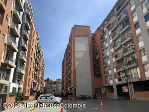 Apartamento En Ventaen Bogota, Villa Alsacia, Colombia, CO RAH: 21-225