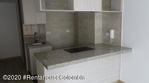 Apartamento En Arriendoen Bogota, Chapinero Alto, Colombia, CO RAH: 21-226