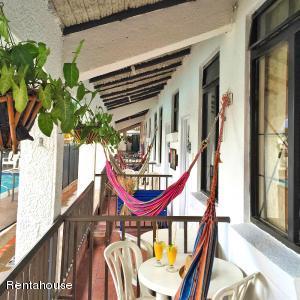 Hotel En Ventaen Melgar, Florida, Colombia, CO RAH: 21-242