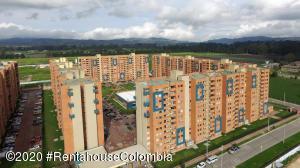 Apartamento En Ventaen Madrid, La Prosperidad, Colombia, CO RAH: 21-245
