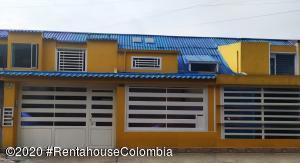 Casa En Ventaen Bogota, Modelo Norte, Colombia, CO RAH: 21-303