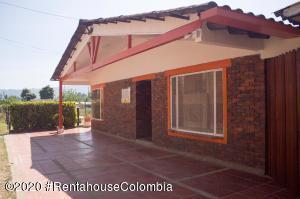 Casa En Ventaen Chia, Fagua, Colombia, CO RAH: 21-318