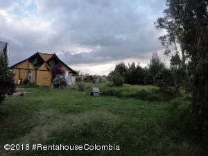 Terreno En Ventaen Cajica, Vereda Calahorra, Colombia, CO RAH: 21-364