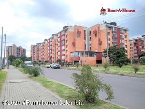 Apartamento En Ventaen Bogota, Hayuelos, Colombia, CO RAH: 21-389