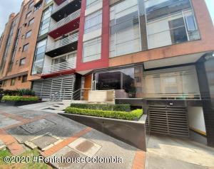 Apartamento En Ventaen Bogota, Bella Suiza, Colombia, CO RAH: 21-409