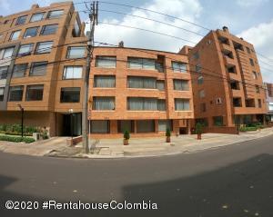 Apartamento En Ventaen Bogota, San Patricio, Colombia, CO RAH: 21-419