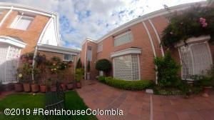 Casa En Ventaen Bogota, Cedritos, Colombia, CO RAH: 21-434