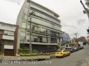 Oficina En Ventaen Bogota, Chico, Colombia, CO RAH: 21-452