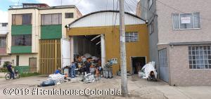 Bodega En Ventaen Bogota, Ricaurte, Colombia, CO RAH: 21-502