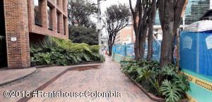 Parqueadero En Ventaen Bogota, Chico Norte, Colombia, CO RAH: 21-505